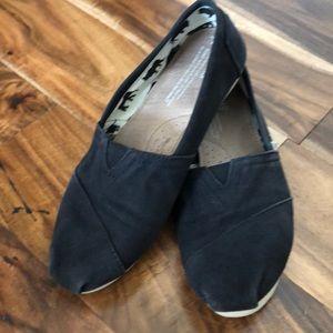 Toms Black shoes size 7
